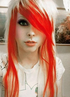 emo-girl-emo-girls-3551018-290-400